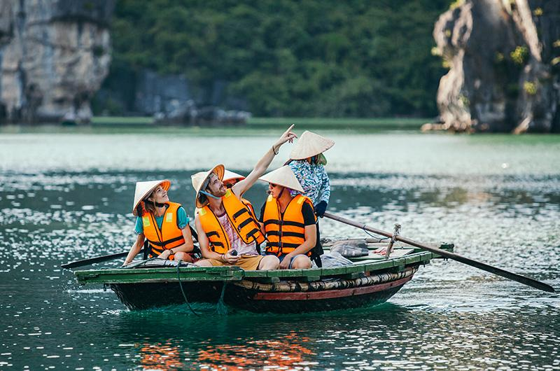 Bhaya Classic essential experience in Halong
